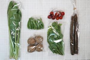 5月8日の無施肥無農薬栽培と自然栽培の定期宅配Sセット/ゴボウ、ジャガイモ(北あかり)、スナップエンドウ、小松菜、菜の花、ミニトマト