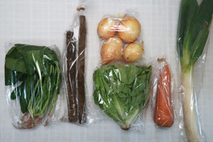 5月26日の無施肥無農薬栽培と自然栽培の定期宅配Sセット/ゴボウ、ニンジン、新玉ねぎ、長ネギ、サラダ菜、ほうれん草
