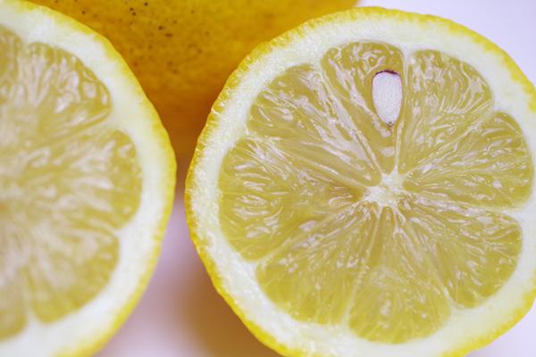 無肥料・自然栽培国広自然栽培農園のレモン