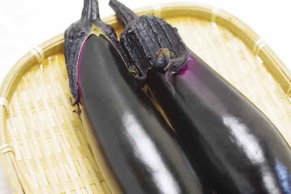 無肥料・自然栽培ハイツ野菜研究の茄子